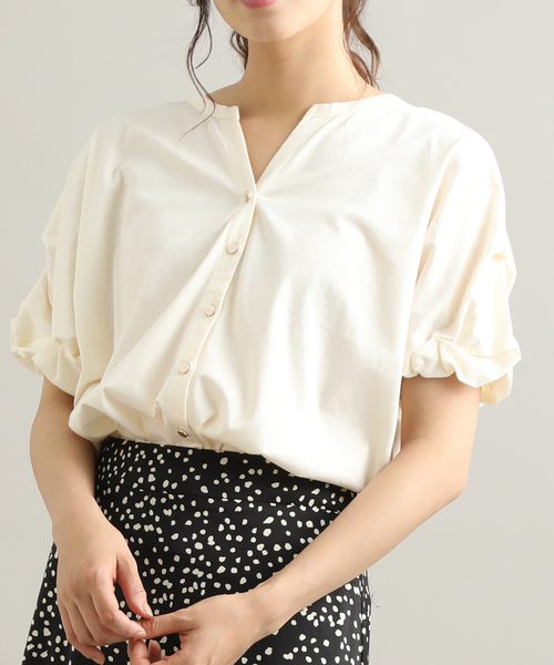 ViS(ビス)の「【Silky smooth touch】【前後2WAY】袖ねじれプルオーバー(Tシャツ/カットソー)」|キナリ