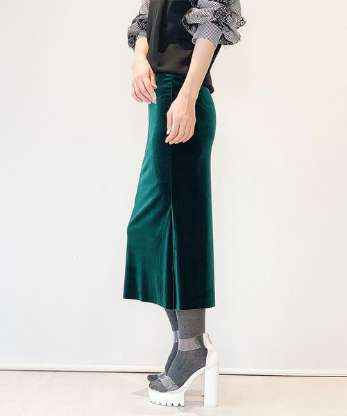 Narcissus(ナルシス)の「ネット限定【STIN#ME】ベルベットタイトスカート(スカート)」|グリーン