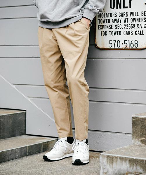 トミカチョウ WEB限定 MR.OLIVE PLEATS/ミスターオリーブ ST TWLL TWO TWO ST PNTSTRETCH TECH TWILL/ TWO PLEATS TAPERED EASY PANTS(パンツ) FREAK