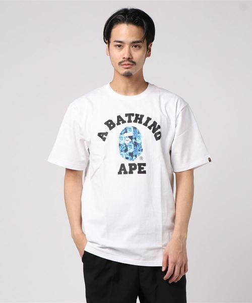 A BATHING APE(アベイシングエイプ)の「BAPE FLAME COLLEGE TEE M(Tシャツ/カットソー)」 ホワイト×ブルー