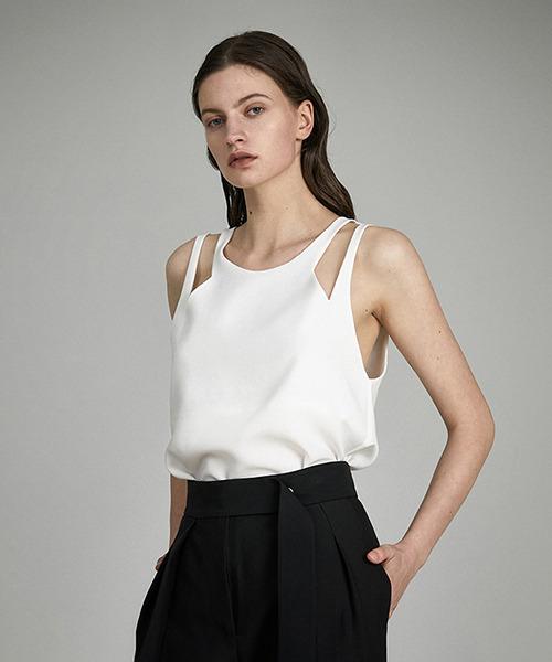 【UNSPOKEN】Layered shoulder strap tops  UX21S032