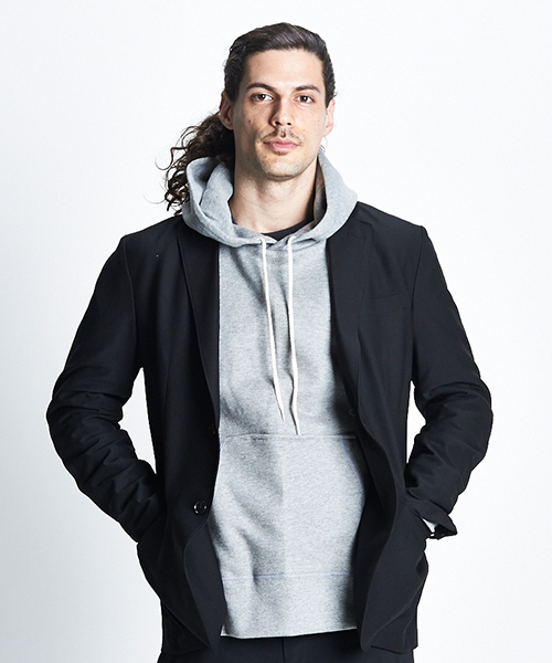 gym master(ジムマスター)の「Sweat raglan pull  over hooded  (made in CANADA)(パーカー)」|グレー