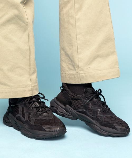 adidas(アディダス)の「オズウィーゴ [Ozweego] アディダスオリジナルス(スニーカー)」|ブラック×ブラック