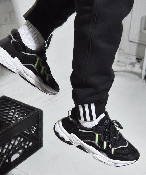 adidas(アディダス)の「オズウィーゴ [Ozweego] アディダスオリジナルス(スニーカー)」|ブラック×グリーン