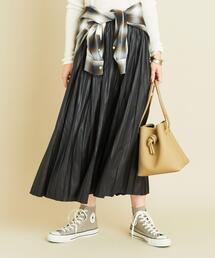 【一部追加予約】BY∴ レザーライクサテンプリーツスカート