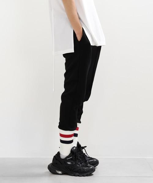 minsobi(ミンソビ)の「【minsobi】リブニット裾ジョガーパンツ(その他パンツ)」 ブラック×ホワイト