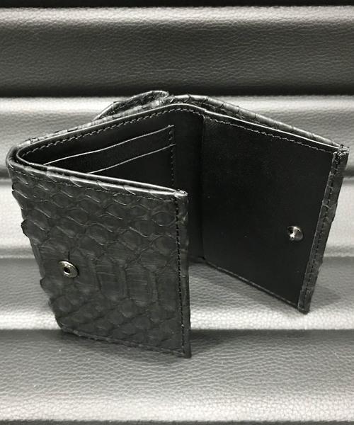 レザー・ミニウォレット三つ折り財布 DECADE(No-01133) Leather Mini Wallet (Python , Shark , Cow Leather)