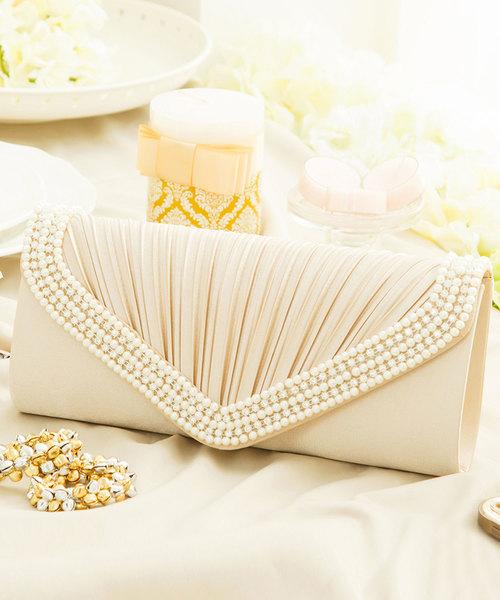 DRESS STAR(ドレス スター)の「【結婚式・お呼ばれに使えるパーティーバッグ】プリーツラインパール&ストーンパーティークラッチバッグ(クラッチバッグ)」|ベージュ