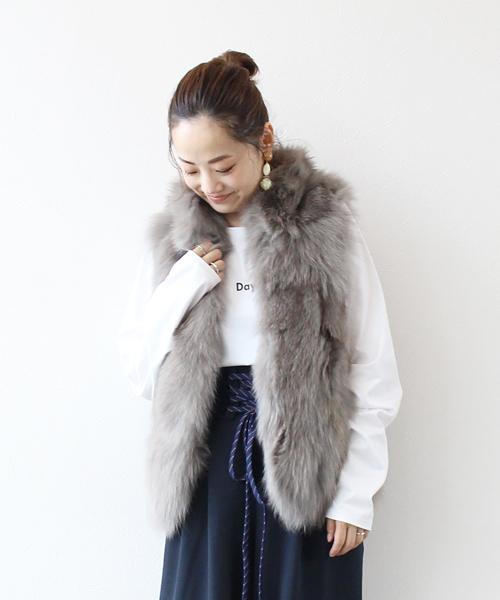 美品  Sugar Rose/ FUR FOX/ Rose FUR VEST(フォックスファーベスト)(その他アウター)|DRESSLAVE(ドレスレイブ)のファッション通販, 【予約】:bfb9afad --- blog.buypower.ng