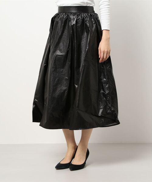 ホイルフレアスカート