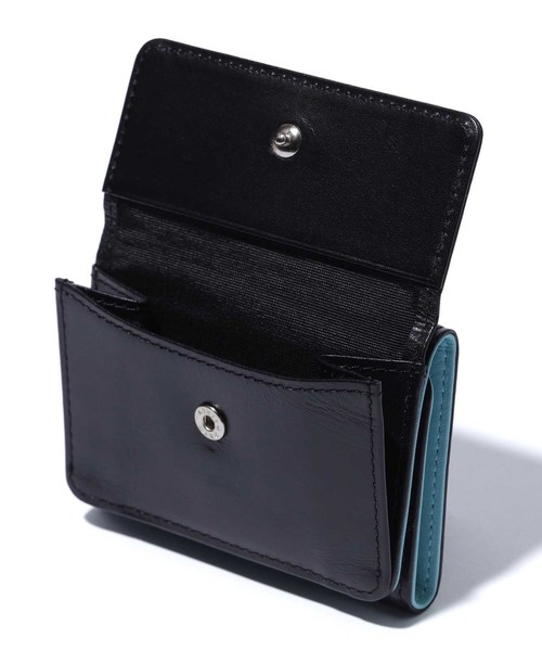 TRI-FOLD LEATHER WALLET