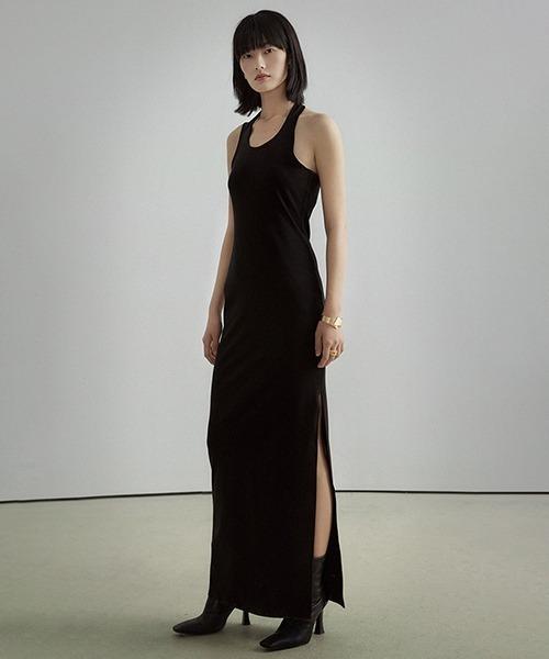 【UNSPOKEN】Slender long dress UC21L025