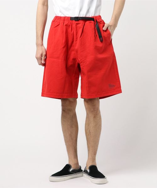 WHITE MOUNTAINEERING(ホワイトマウンテニアリング)の「【WHITE MOUNTAINEERING × GRAMICCI】ホワイトマウンテニアリング GARMENT DYED WIDE SHORT PANTS(パンツ)」|レッド