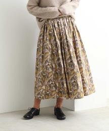 yuni(ユニ )のabstract print ゴムタックスカート(スカート)
