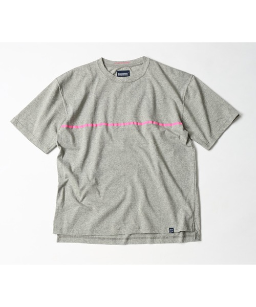 MAGIC NUMBER(マジック ナンバー)の「US COTTON LOOSE FIT LINE PRINT TEE(Tシャツ/カットソー)」|グレー