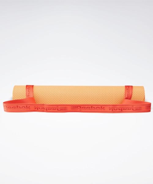 Reebok(リーボック)の「ヨガマット [Yoga Mat] リーボック(スポーツグッズ)」|オレンジ