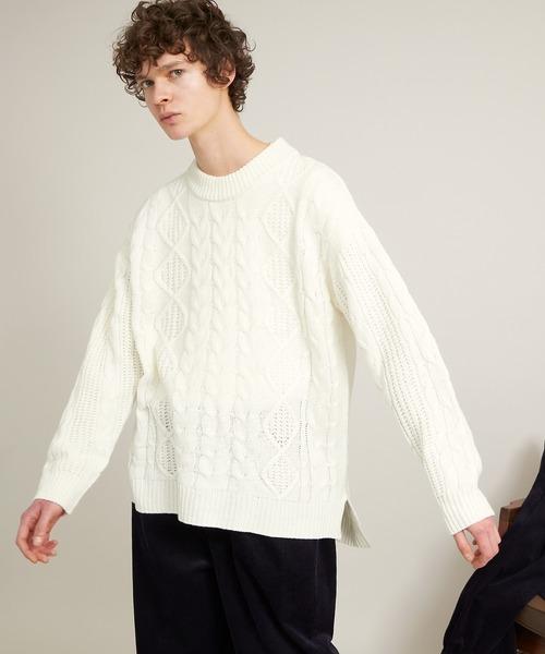 オーバーサイズフィッシャーマンケーブル編みモックネックニットセーター