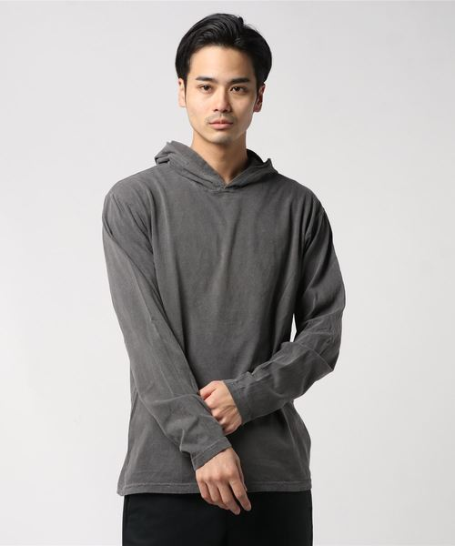 GARMENT DYED HOODED LONG SLEEVE TEE