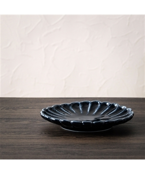 Francfranc(フランフラン)の「美濃焼 花大皿 ネイビー(食器)」|マルチ