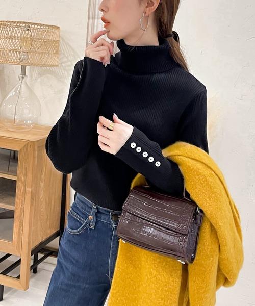 classicalelf(クラシカルエルフ)の「袖ボタン付き無地ミドル丈タートルネックコットンニット(ニット/セーター)」 ブラック
