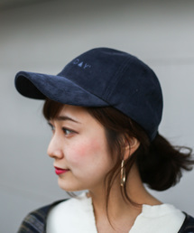 c2d61dc394506 Holiday(ホリデイ)の「 Holiday HOLIDAYコーデュロイCAP(キャップ)」. 20%OFF. Auntie Rosa Holiday