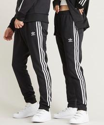 adidas(アディダス)のアディカラー クラシック プライムブルー スーパースタートラックパンツ(ジャージ)[SST TRACK PANTS PRIMEBLUE] アディダスオリジナルス(スウェットパンツ)