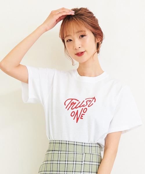 TRUST ONE Tシャツ