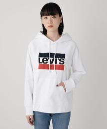Levi's(リーバイス)のグラフィックロゴフーディープルパーカ ホワイト(パーカー)