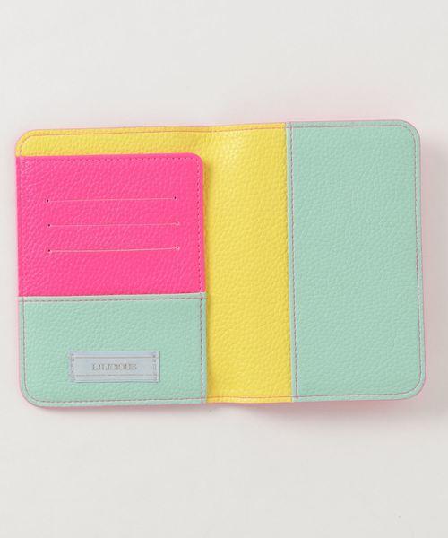 LILICIOUS(リリシャス)の「カラーパスポートケース(パスポートケース)」|ピンク