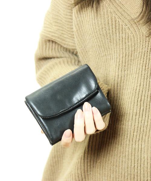 low priced 5e29b 4ae41 ソフトレザー 折財布