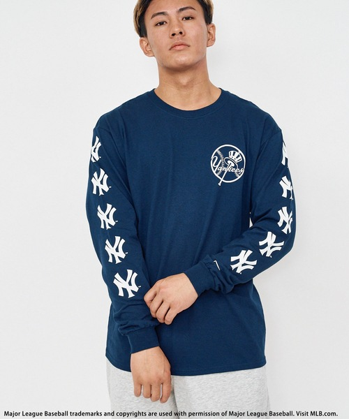 【MLB】スリーブロゴ長袖Tシャツ