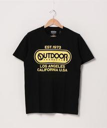 フロントロゴTシャツ 定番のブランドロゴアイテム 身幅ゆったりめなシルエット ユニセックスブラック