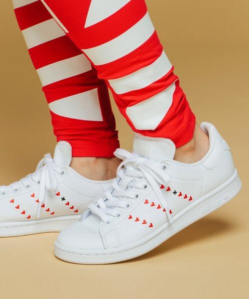 adidas(アディダス)の「スタンスミス [Stan Smith Shoes] アディダスオリジナルス(スニーカー)」|ホワイト×レッド