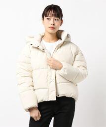 フードフェイクダウンジャケット 軽量で暖かいマイクロタフタの微起毛素材とファイバーダウン使用アイボリー
