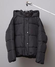 フードフェイクダウンジャケット 軽量で暖かいマイクロタフタの微起毛素材とファイバーダウン使用ブラック
