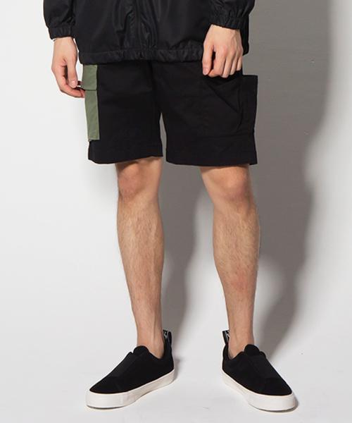 VIRGOwearworks(ヴァルゴウェアワークス)の「PANEL CARGO SHORTS(カーゴパンツ)」 ブラック