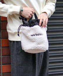 【女性にもオススメ】New Balance(ニューバランス)ボア巾着バッグ(巾着ショルダー/ショルダーバッグ)