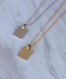 ANEMONE(アネモネ)のシンプルデザインのイニシャルプレートネックレス[ゴールド](ネックレス)