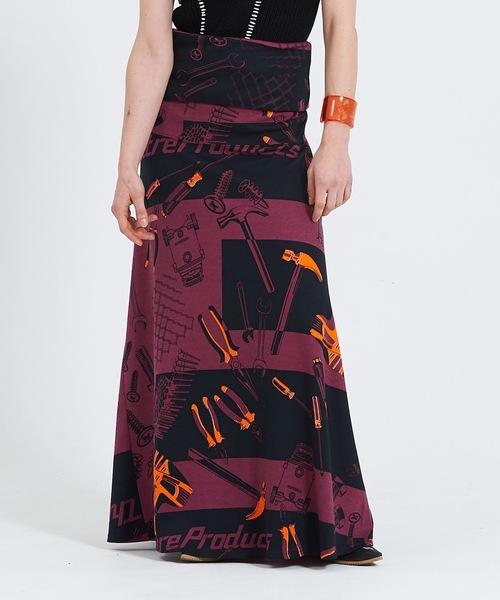 THEATRE PRODUCTS(シアタープロダクツ)の「スムースツールプリント ロングスカート(スカート)」|バーガンディー
