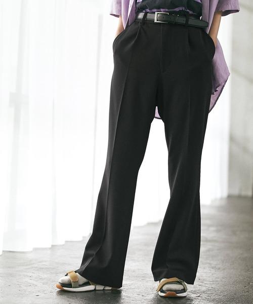 梨地ルーズリラックスワンタックフレアスラックスパンツ /EMMA CLOTHES