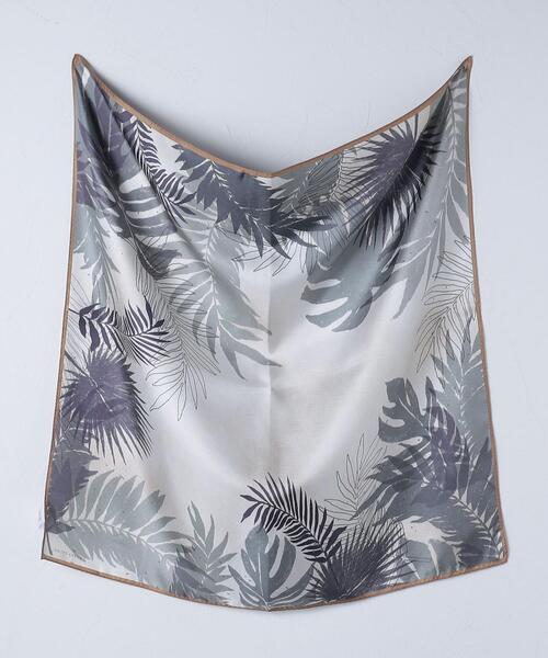 UBC ボタニカル シルク スカーフ