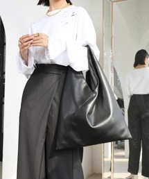 【chuclla】Triangle  soft leather bag  cha166ブラック