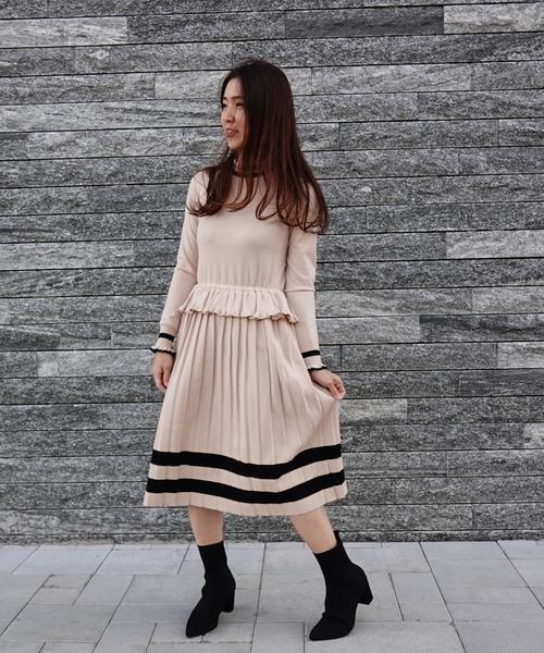 DOUBLE STANDARD CLOTHING(ダブルスタンダードクロージング)の「Sov. snowyニットワンピース(ワンピース)」|ベージュ