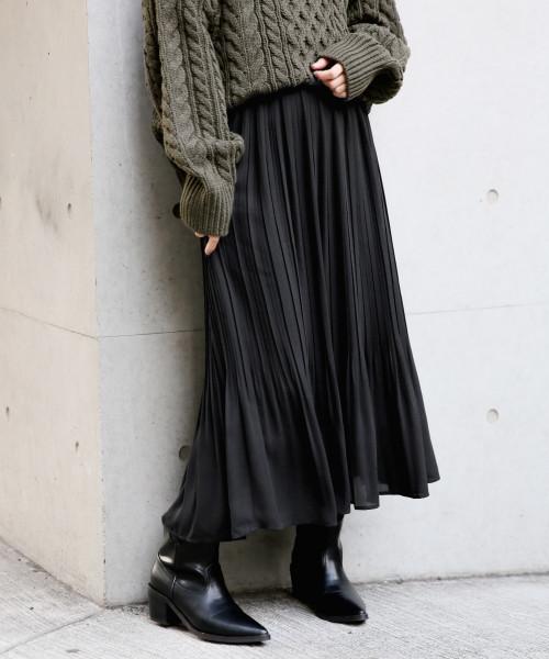 LOWRYS FARM(ローリーズファーム)の「プリーツスカート 815347(スカート)」|ブラック