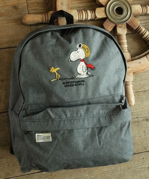 SNOOPY×OLD BETTY'S(スヌーピーカケルオールドベティーズ)の「SNOOPY Embroidery Backpack(FLYING ACE)/スヌーピー 刺繍 バックパック リュック フライングエース(バックパック/リュック)」|チャコールグレー