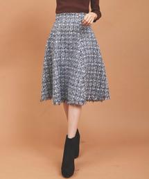 31 Sons de mode(トランテアン ソン ドゥ モード)の《美人百花11月号掲載アイテム》ツイードフレアスカート(スカート)
