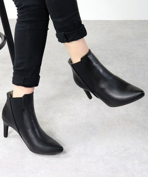 LibertyDoll(リバティードール)の「シルエットと履き心地を追求したピンヒール美脚サイドゴアブーツ(ブーツ)」|ブラック