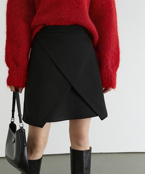 【Fano Studios】【2021SS】Asymmetric designed short skirt FD20B022