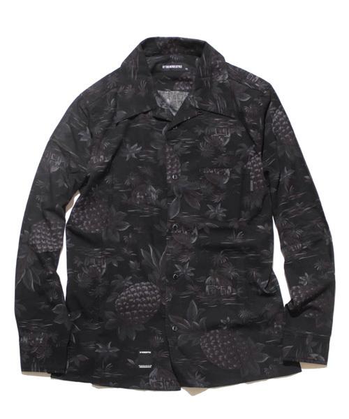 オープンカラーブラックシャツ