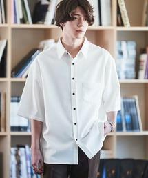 オーバーサイズTRストレッチレギュラーカラーシャツ 半袖オフホワイト